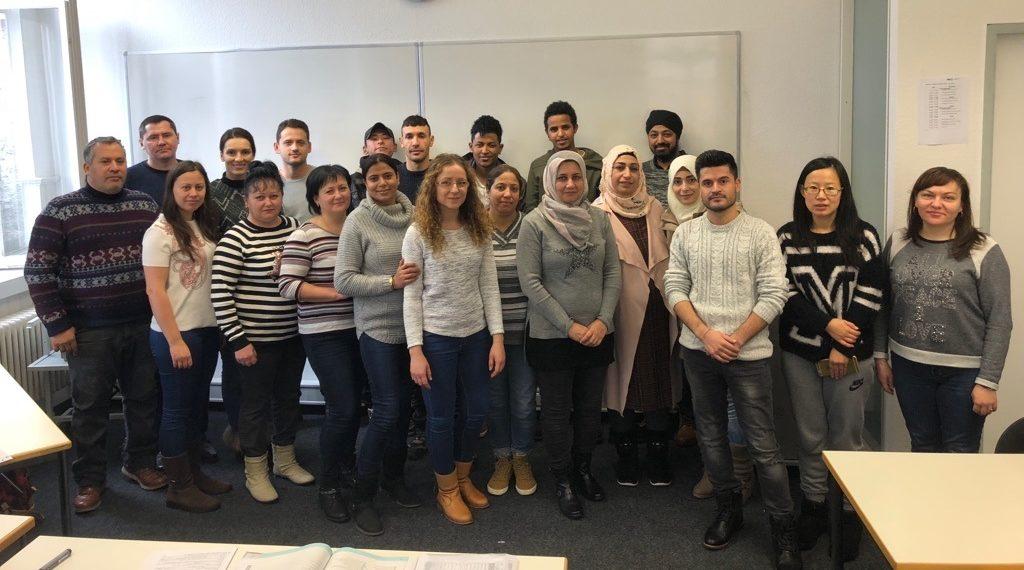 Integrationskurs besteht die Abschlussprüfung